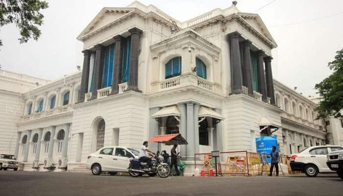 TN அரசு மூலம் ஆன்லைன் திரைப்பட டிக்கெட் விற்பனை: கடம்பூர் ராஜூ!
