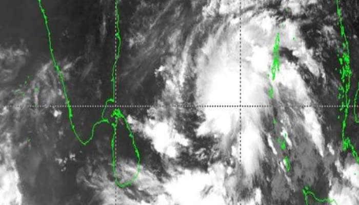 Cyclone Amphan: எட்டு மாநிலங்களுக்கு எச்சரிக்கை, பலத்த காற்றுடன் கனமழை பெய்யக்கூடும்
