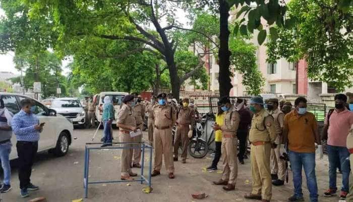 கான்பூர் என்கவுண்டர்: சபேபூர் காவல் நிலையத்தில் இருந்த 68 போலீஸ் அதிகாரிகள் இடமாற்றம்