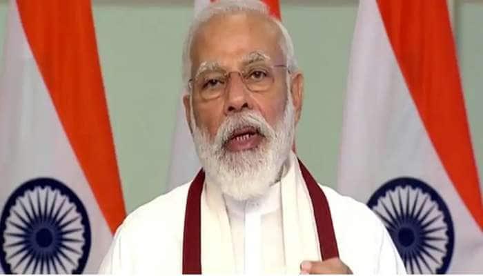 சீருடையை மதிக்கவும்; மன அழுத்தத்தை வெல்ல யோகா செய்யவும்: IPS அதிகாரிகளிடம் PM மோடி