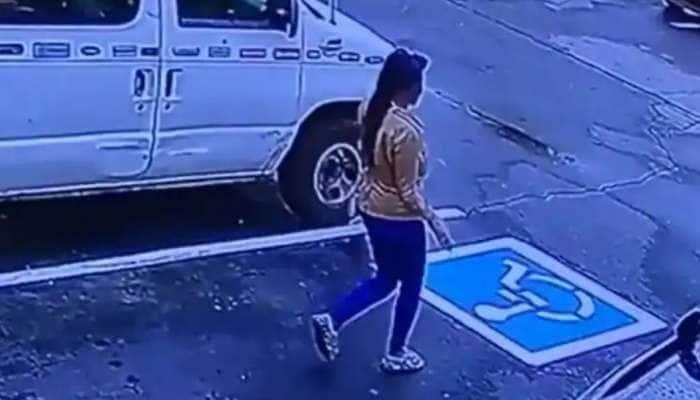 Watch Video: 'எனக்கு வேலை கிடச்சிடுச்சு…..' குஷியில் ஆட்டம் போடும் பெண்ணின் Video!!
