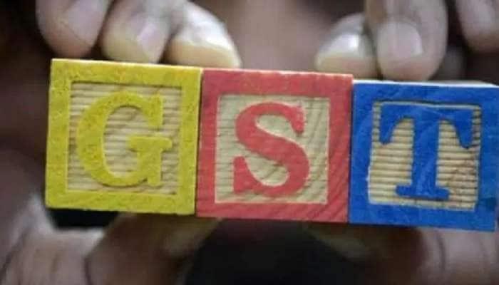 எட்டு மாதங்களில் முதல் முறையாக ₹1 லட்சம் கோடியை கடந்த GST வசூல்..!!