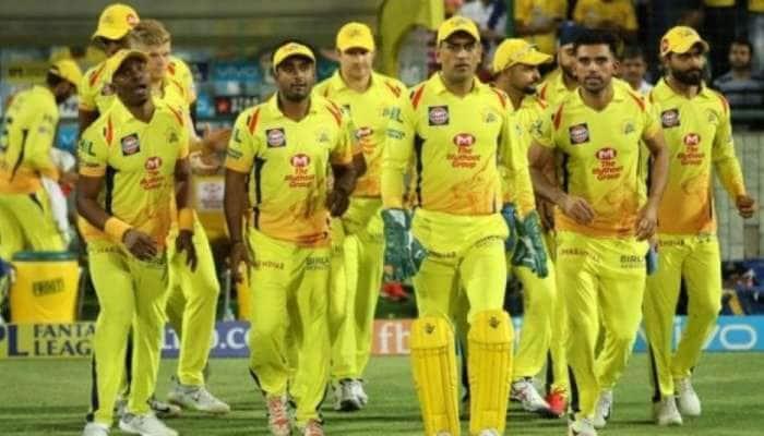 IPL 2021: Mega Auction-ல் CSK தங்கள் அணியிலிருந்து வெளியேற்றப்போகும் வீரர்கள் யார் தெரியுமா