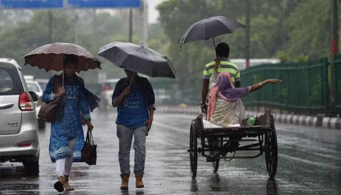தமிழகத்தின் 5 மாவட்டங்களில் 3 நாட்களுக்கு கனமழை பெய்ய வாய்ப்பு..!