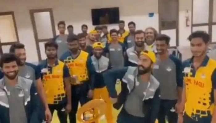 Watch: 'வாத்தி கம்மிங்' பாடலுக்கு அட்டகாச நடனம் ஆடிய TN Players! வைரலான Video!!