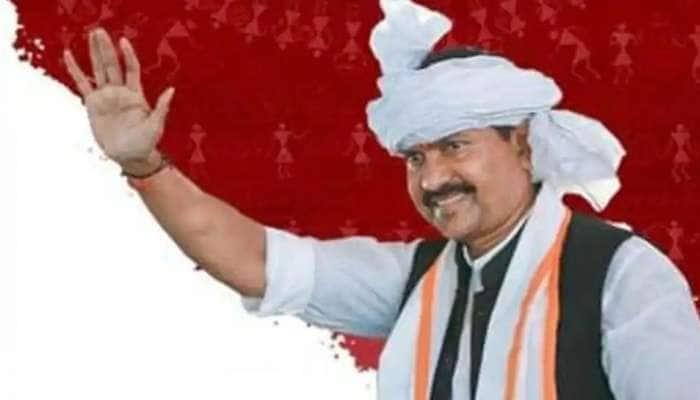 மக்களவை எம்.பி. மோகன் டெல்கர் மர்ம மரணம்-மும்பை ஓட்டலில் தற்கொலை செய்து கொண்டாரா?