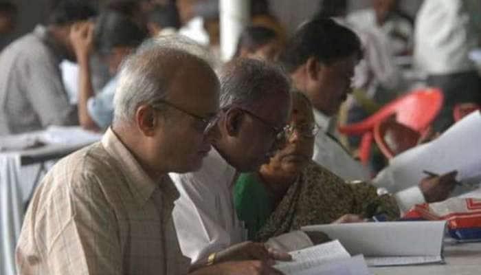 ஓய்வு பெறும் வயது 60 ஆக மாற்றம்: தமிழக முதலமைச்சர் அதிரடி அறிவிப்பு!