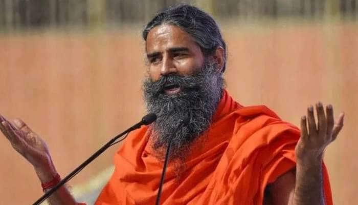 மத்திய அரசு மூன்று ஆண்டுகளுக்கு வேளான் சட்டங்களை இடைநிறுத்த வேண்டும்: பாபா ராம்தேவ்