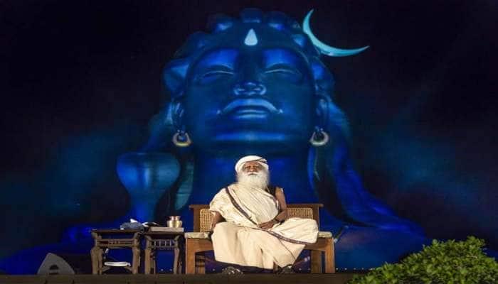 சிவன் எதற்காக ஏன், எப்போது  மூன்றாவது கண்ணைத் திறந்தார்? சத்குரு விளக்கம்