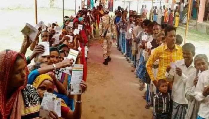 அசாம், மேற்கு வங்கத்தில் துவங்கியது சட்டமன்றத் தேர்தல்களின் முதல் கட்ட வாக்குப்பதிவு