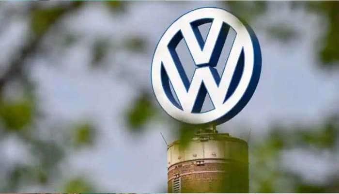 Volkswagen கார் தயாரிப்பு நிறுவனம் தனது பெயரை 'Voltswagen of America' என மாற்றுகிறதா?