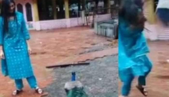 பிரபல பிக்பாஸ் நடிகையை தாக்கிய மயில் - வீடியோ வைரல்!