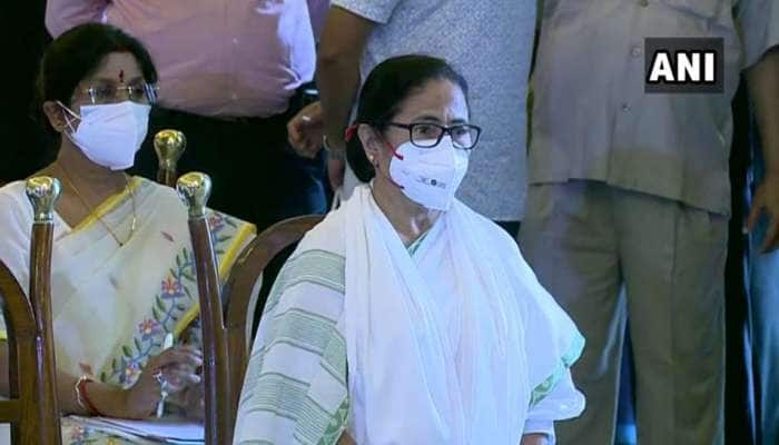 West Bengal: மமதா பானர்ஜி தலைமையிலான 43 அமைச்சர்கள் பதவியேற்றனர்
