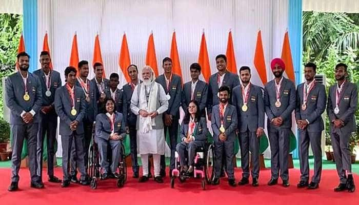 Paralaympics போட்டிகளில் கலந்து கொண்ட அணியினரை நேரில் சந்தித்து வாழ்த்திய பிரதமர்