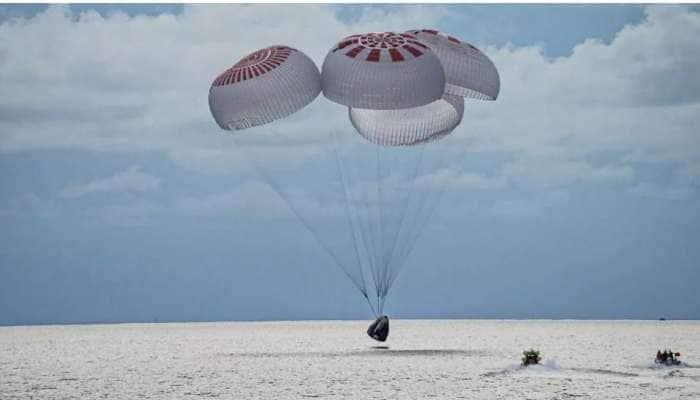 Watch Video: SpaceX மிஷனில் விண்வெளி சுற்றுலா போனவர்கள் தரையிறங்கிய அற்புத காட்சி